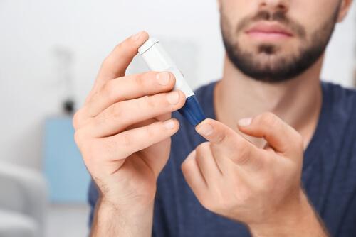 Diabetes, eines der Risiken von zu viel Schlaf
