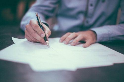 Eine Liste allein hilft nicht zur Umsetzung von guten Vorsätzen.