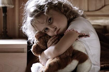 Hinter einem hyperaktiven Kind verbergen sich oft Traumata oder Stress