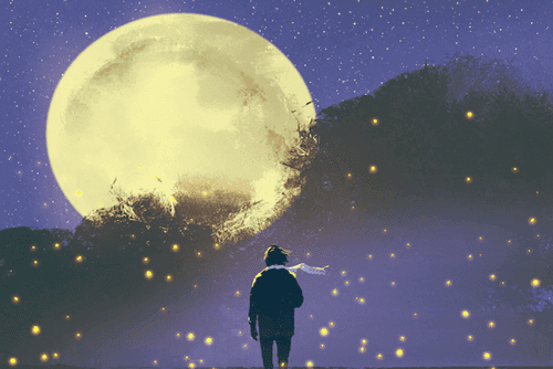 Junge mit Schal vor riesigem Mond