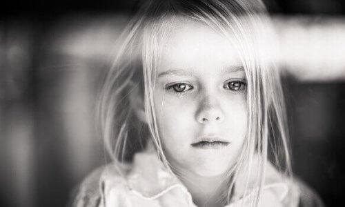 Chronische Schmerzen bei Kindern: eine oft übersehene Krankheit