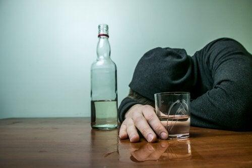 Alkoholisierter Teenager