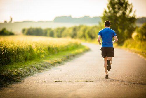 Mann, der joggt