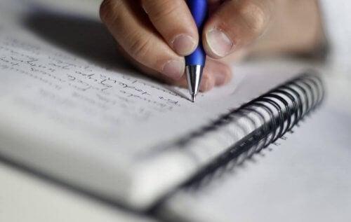 Schreiben hilft auch, das Gedächtnis zu optimieren.