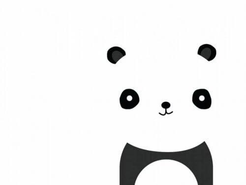 Shwarze unterschiedlich große Flecken deuten auf einen Panda hin.
