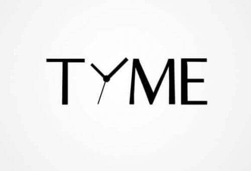 Zwischen den Buchstaben T und ME befindet sich ein Zeigerset welches vermutlich ein I darstellen soll.