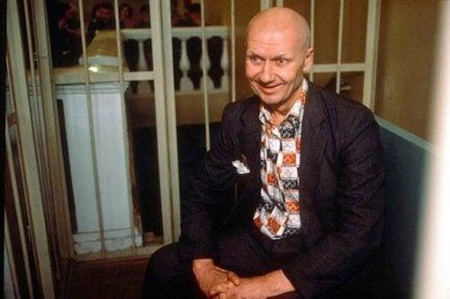 Andrei Romanowitsch Tschikatilo hat seine Verbrechen vor dem Zeitalter von Sexualverbrechern im Internet begangen.