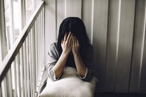 Eine Frau wurde Opfer von sexuellem Missbrauch.