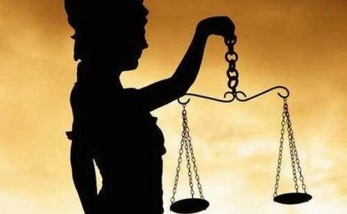 Justizia und das Dunkel der Korruption