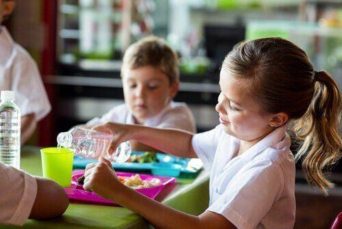 Die Vorteile von Kantinen in Schulen