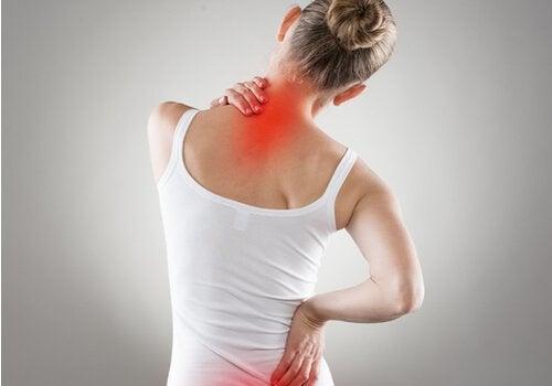 4 Übungen bei Rückenschmerzen und schlechter Körperhaltung