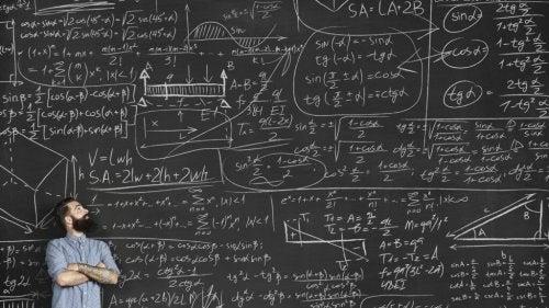 Formeln auf einer Tafel