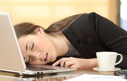 Narkolepsie: Symptome und Behandlung