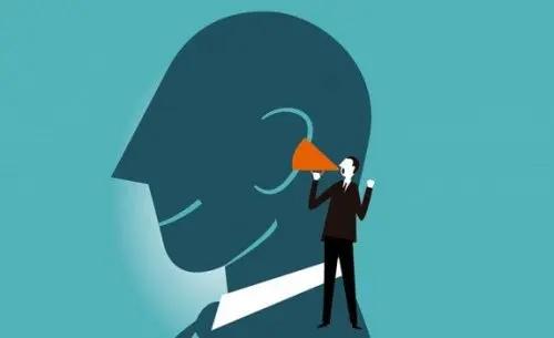 Denke laut nach und steigere deine geistigen Fähigkeiten