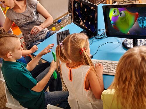 Videospiele und Intelligenz: Kann es sinnvoll sein, den Computer auch im Klassenzimmer zum Einsatz zu bringen?