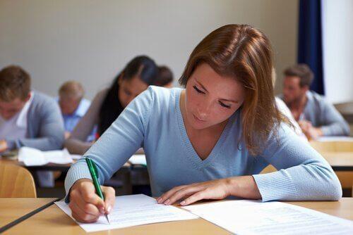 Einen Test schreiben: Hilfsmittel, die bei der Vorbereitung helfen