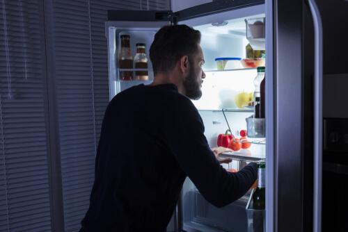 Das Night-Eating-Syndrom - nächtliches Essen