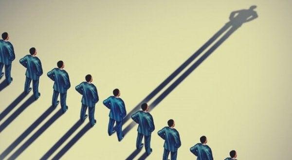 Identitätsfusion: Die Beziehung zwischen dem persönlichen und dem sozialen Selbst