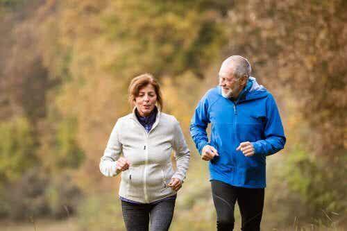 4 Vorteile durch körperliche Aktivität im Alter