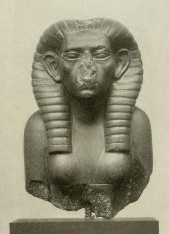 Sobekneferu - Statue