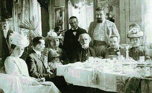 Giuseppe Verdi - Tisch