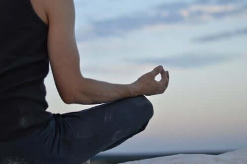 Welchen Einfluss hat Meditation auf dein Gehirn und deinen Körper?