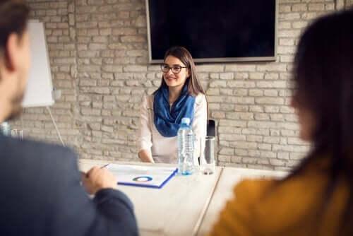 Die Wirtschaftspsychologie sollte nicht mit dem Management der Personalabteilung in einer Organisation verwechselt werden