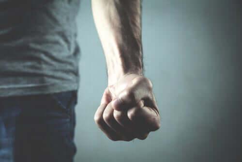 Menschliche Gewalt: Warum können wir sie nicht verhindern?