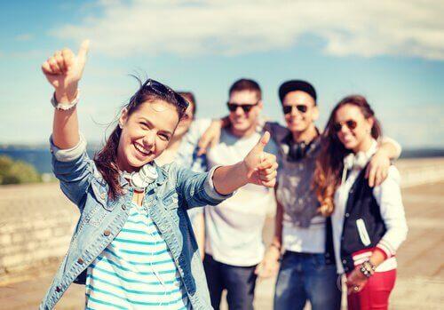 Sich für andere zu freuen, kann uns glücklich machen