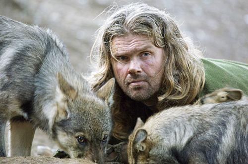Shaun Ellis ist der einizige bekannte Mensch, der freiwilling unter Wölfen lebte