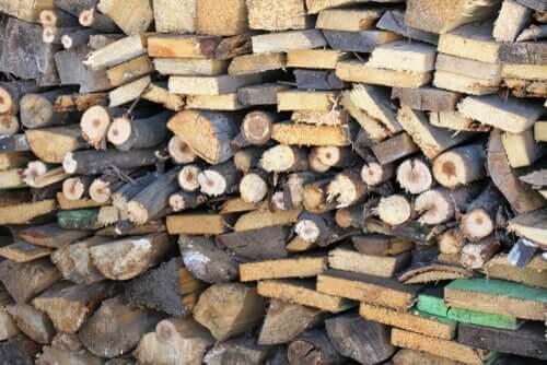 Geschichte über Unterschiede - Holz