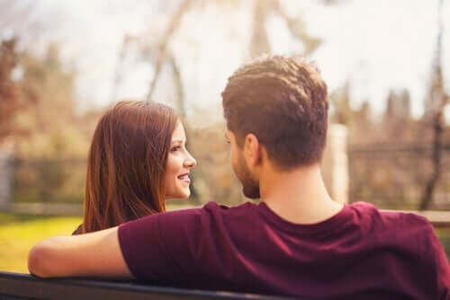 Solltest du jemandem vertrauen, den du gerade erst kennengelernt hast?