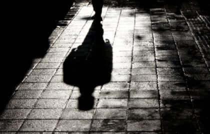 Mörderabilia - Schatten eines Mannes