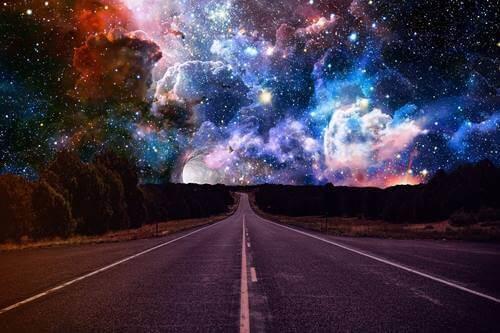 Eine Autobahn zum Himmel.