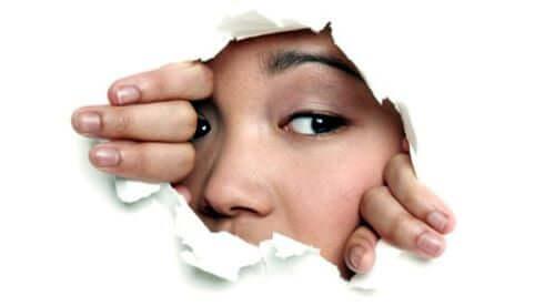 Überwinde deine Schüchternheit: eine Schritt-für-Schritt-Anleitung