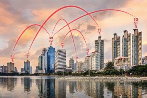 Das Internet der Dinge wird von 5G-Netzwerken unterstützt.