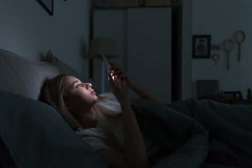 Elektronische Geräte und Schlafstörungen