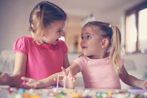 Die Entwicklung von Empathie in der Kindheit