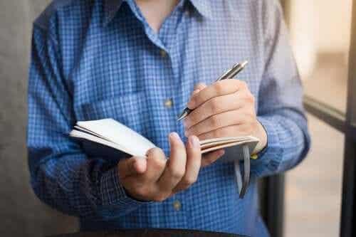 Linkshänder und ihr Gehirn: Unterschiede und Vorteile
