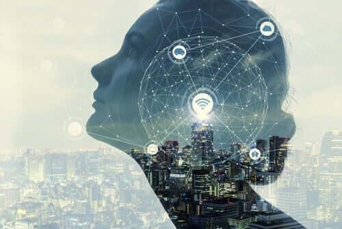 Künstliche Intelligenz und Psychologie - Frau im Profil