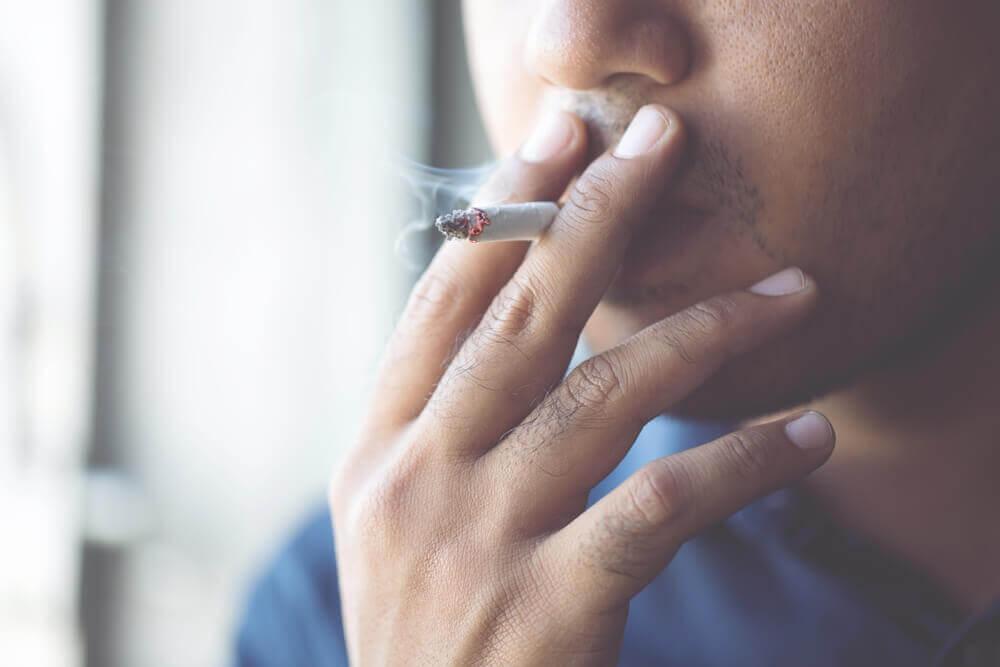 Coronavirus: Rauchen erhöht die Gefahr für Komplikationen