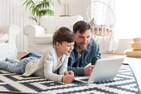 Schulschließungen: Unterricht zu Hause