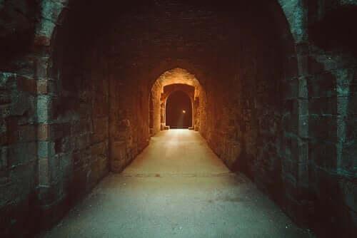 Orpheus und Eurydike - Tunnel