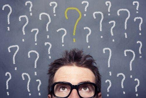 Dieses Konzept bezieht sich auf den Impuls, eine endgültige Antwort auf ein Problem zu suchen und aufrechtzuerhalten