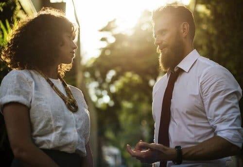 Durchsetzungsvermögen kann zu einer guten Kommunikation beitragen