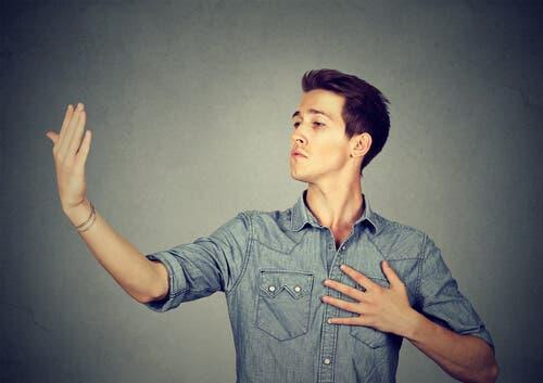 Narzissmus: Werden Narzissten geboren oder gemacht?