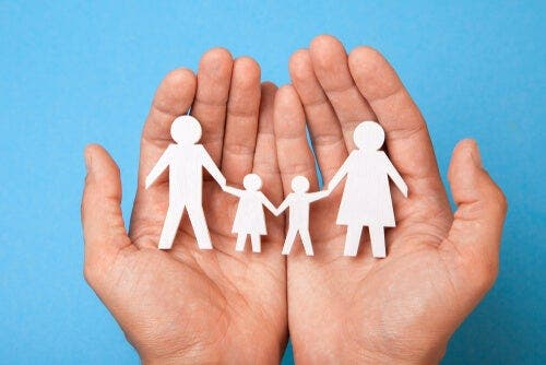 Familienmitglieder auf unterschiedliche Weise auf dasselbe Ereignis reagieren