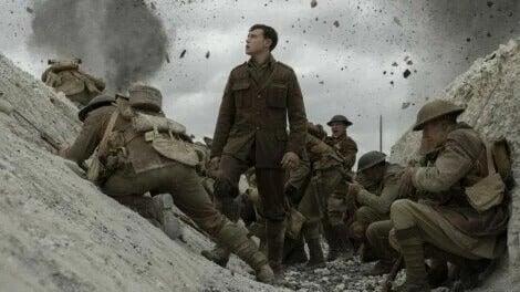 """Soldaten im Schützengraben im Kriegsfilm """"1917"""""""