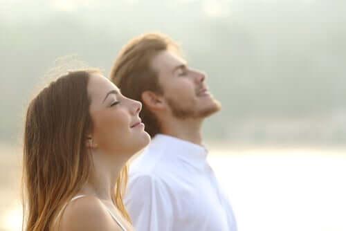 bewusste Atmung - Paar