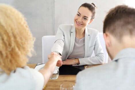 Mediatoren können eine oder mehrere Techniken anwenden